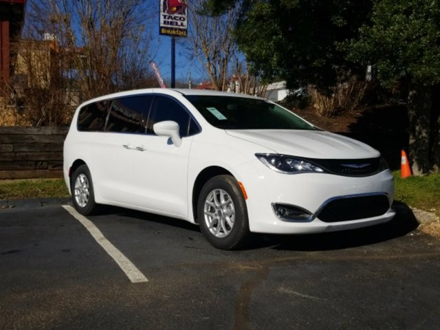 New 2020 Chrysler Pacifica in Chattanooga, TN