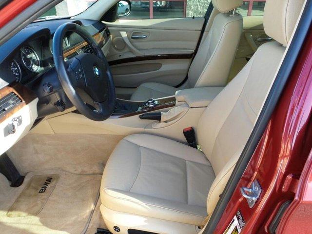 2011 BMW 3 Series 4dr Sdn 328i xDrive AWD SULEV