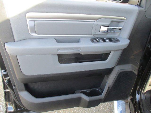 New 2017 Ram 1500 SLT 4x4 Crew Cab 5'7 Box