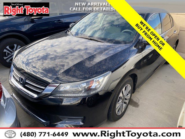 2015 Honda Accord LX 4dr I4 CVT LX Regular Unleaded I-4 2.4 L/144 [18]