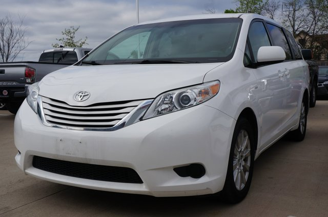 Used 2017 Toyota Sienna in Dallas, TX