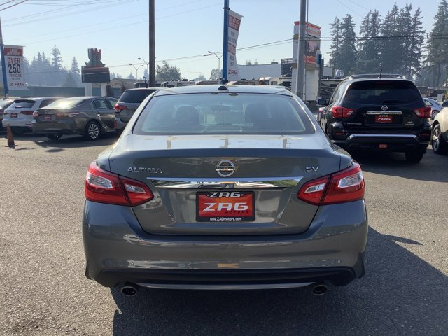Used 2016 Nissan Altima 4dr Sdn I4 2.5 SV