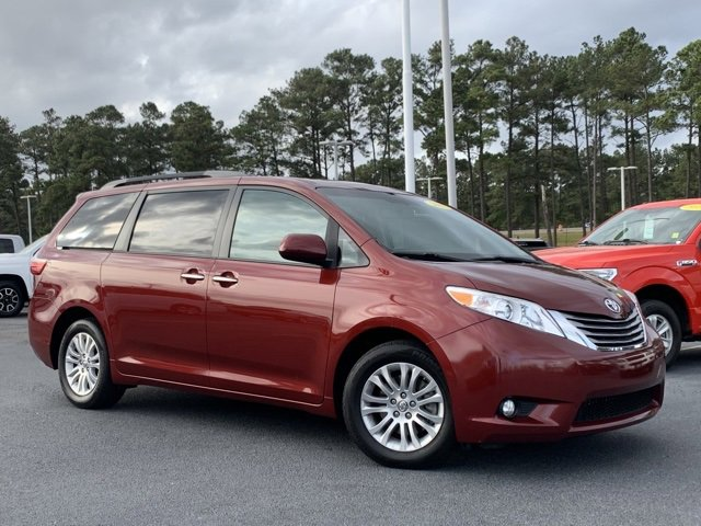 Used 2017 Toyota Sienna in , AL