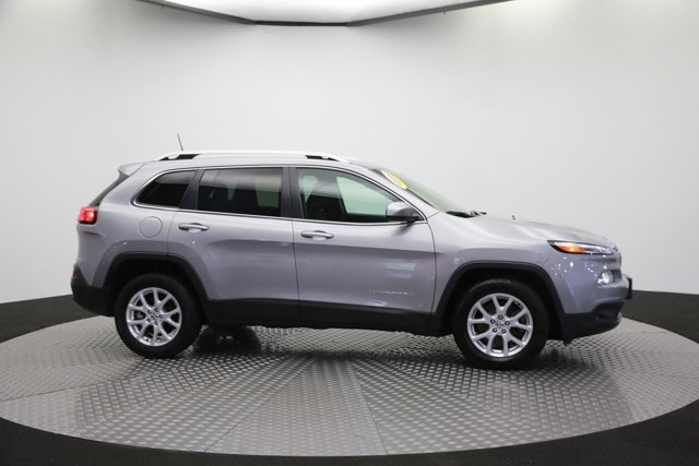 2017 Jeep Cherokee for sale 120138 3