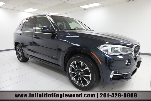 2017 BMW X5 xDrive35i xDrive35i Sports Activity Vehicle Intercooled Turbo Premium Unleaded I-6 3.0 L/183 [2]
