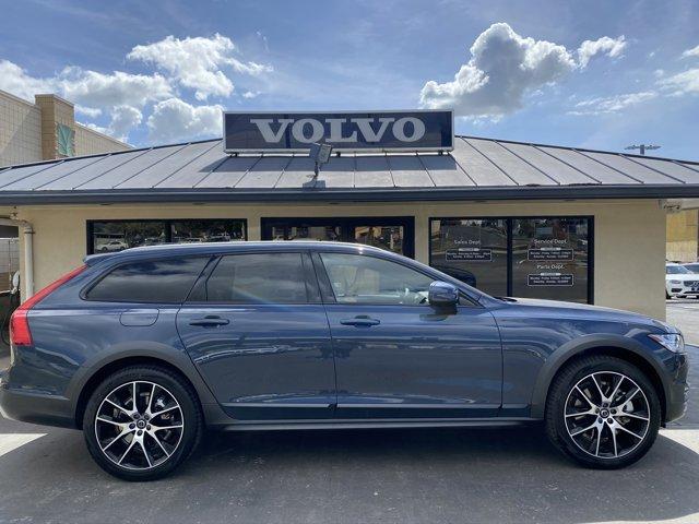 New 2020 Volvo V90 Cross Country in Honolulu, Pearl City, Waipahu, HI