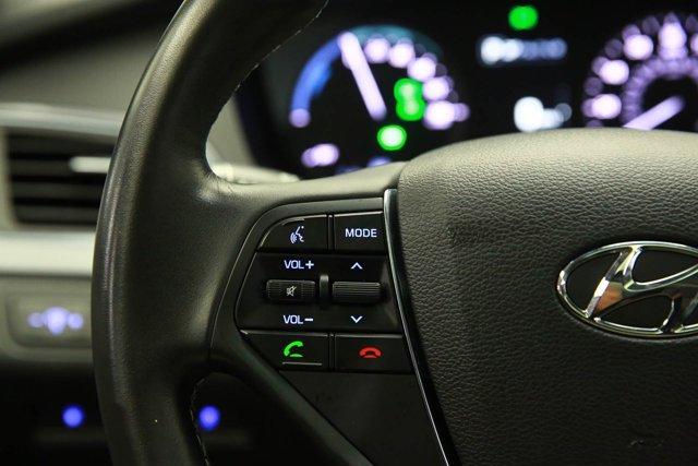 2017 Hyundai Sonata Hybrid for sale 125172 14