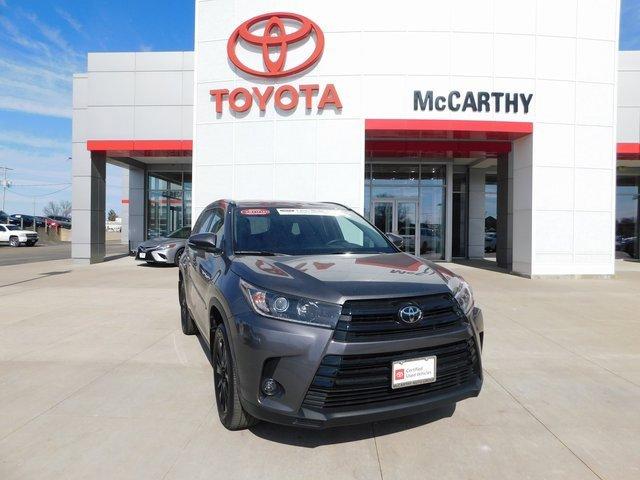 Used 2019 Toyota Highlander in Sedalia, MO
