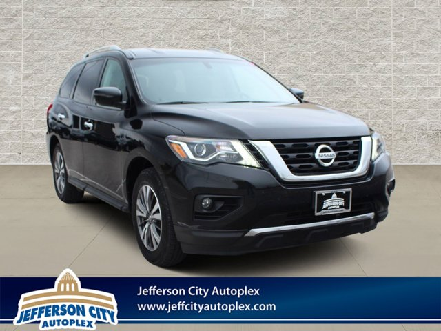 Used 2017 Nissan Pathfinder in Jefferson City, MO