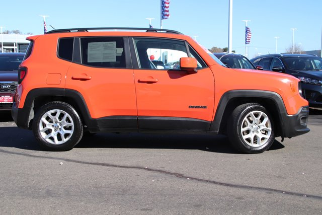 Used 2017 Jeep Renegade Latitude FWD