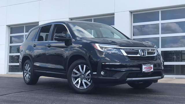 New 2019 Honda Pilot in Elgin, IL