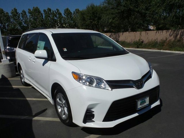 New 2020 Toyota Sienna in Yuba City, CA