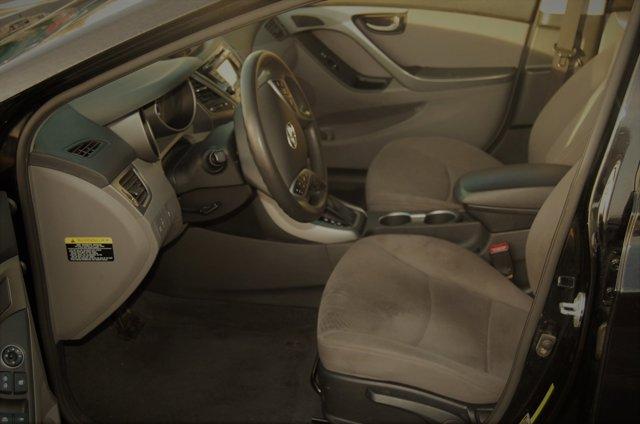 Used 2015 Hyundai Elantra 4dr Sdn Auto SE (Ulsan Plant)