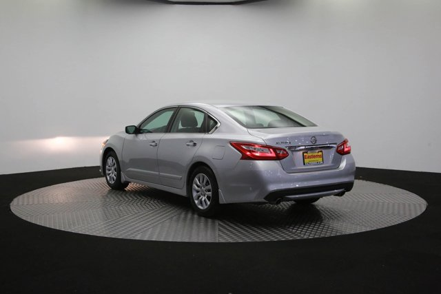 2017 Nissan Altima for sale 125631 59