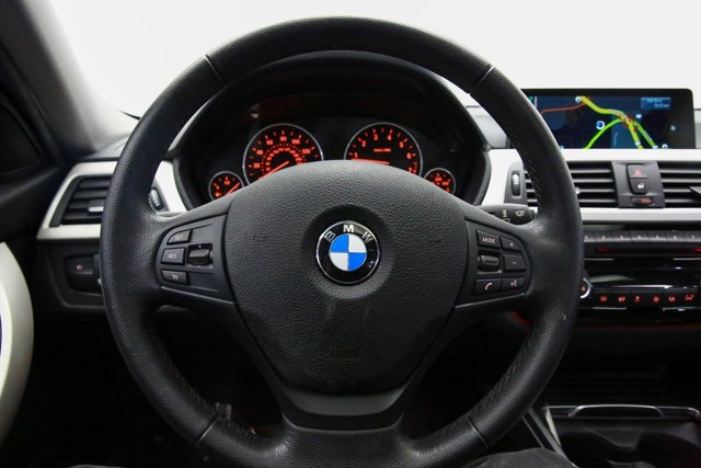 2016 BMW 3 Series for sale 121058 9
