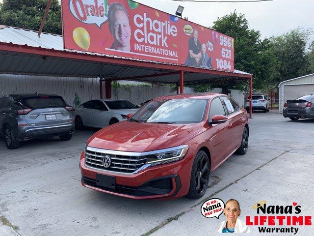 2020 Volkswagen Passat 2.0T R-Line 2.0T R-Line Auto Intercooled Turbo Regular Unleaded I-4 2.0 L/121 [3]
