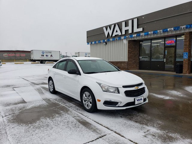 Used 2015 Chevrolet Cruze in Devils Lake, ND