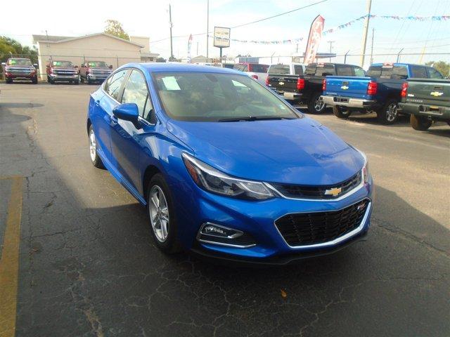 New 2017 Chevrolet Cruze in Quincy, FL