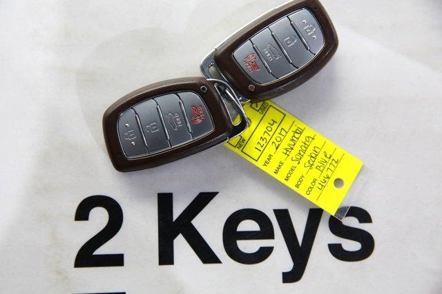 2017 Hyundai Sonata for sale 123704 18
