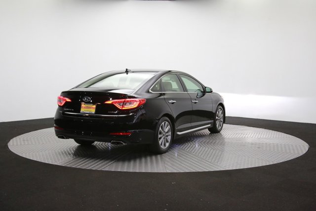 2017 Hyundai Sonata for sale 123459 36