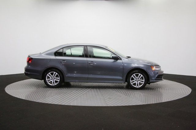 2018 Volkswagen Jetta for sale 124468 40