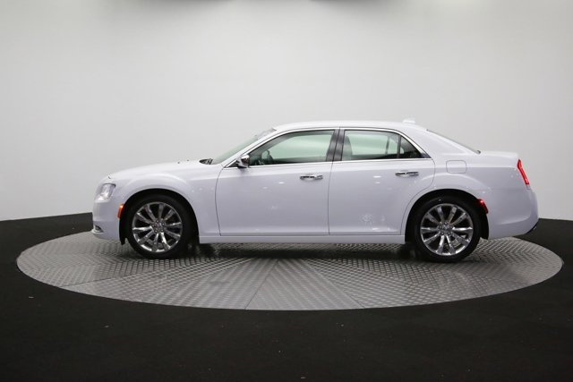 2019 Chrysler 300 122416 55