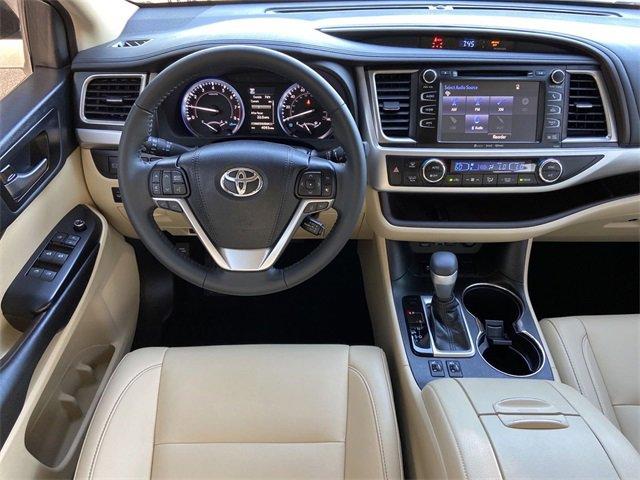 Used 2019 Toyota Highlander in Lakeland, FL