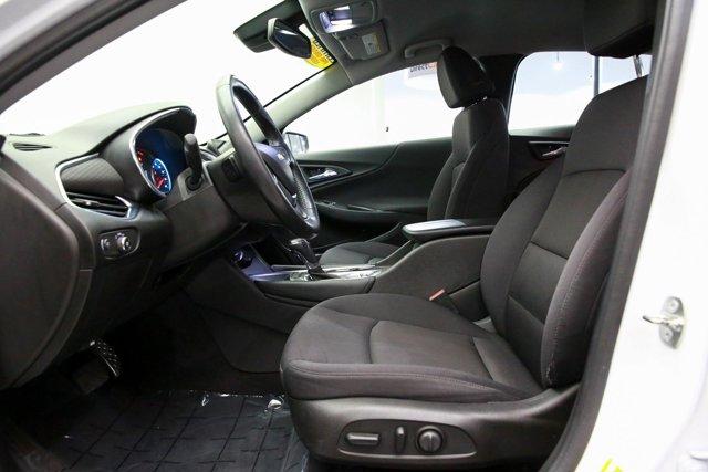 2016 Chevrolet Malibu for sale 123785 12