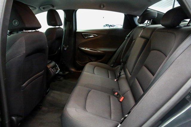 2018 Chevrolet Malibu for sale 121744 19