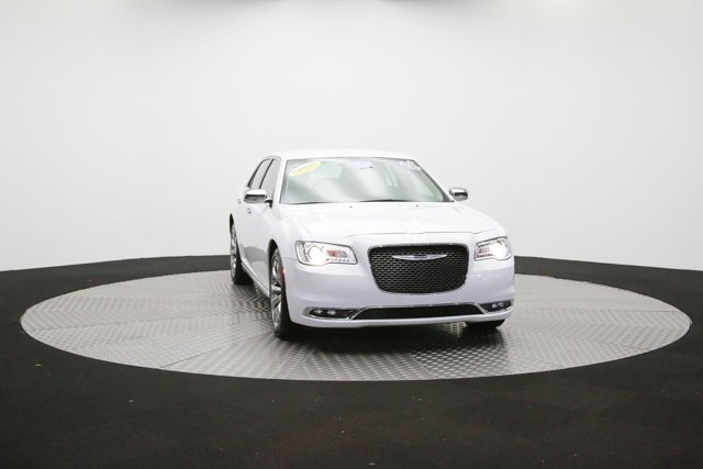 2019 Chrysler 300 for sale 122416 46