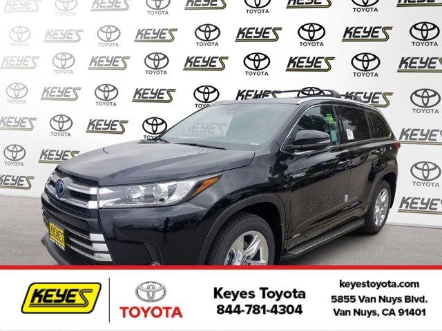 New 2019 Toyota Highlander Hybrid in Van Nuys, CA