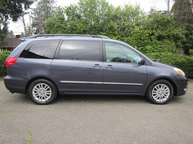 Used 2007 Toyota Sienna XLE Limited 7-Passenger