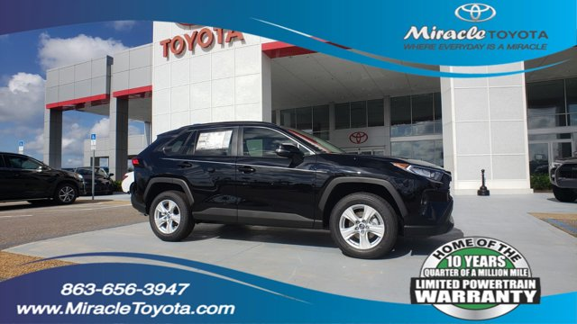 New 2019 Toyota RAV4 in Haines City, FL