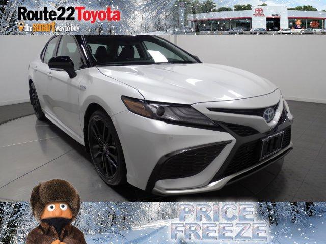 2021 Toyota Camry Hybrid XSE Hybrid XSE CVT Gas/Electric I-4 2.5 L/152 [11]