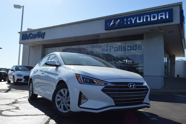 New 2020 Hyundai Elantra in Kansas City, MO