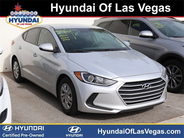 2018 Hyundai Elantra SE SE 2.0L Auto (Ulsan) Regular Unleaded I-4 2.0 L/122 [33]