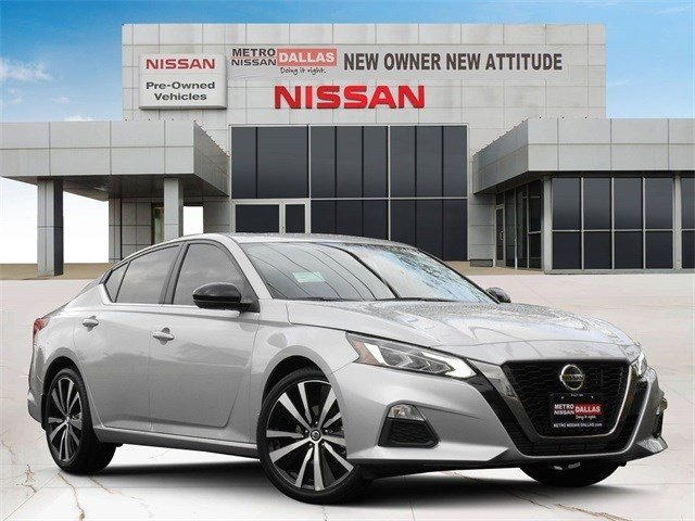 2020 Nissan Altima 2.0 SR 2.0 SR Sedan Intercooled Turbo Regular Unleaded I-4 2.0 L/120 [13]