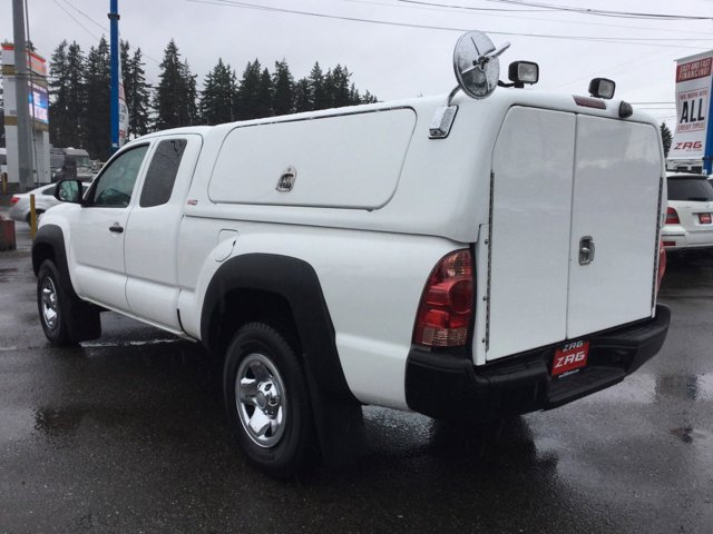 Used 2015 Toyota Tacoma 2WD Access Cab I4 AT PreRunner