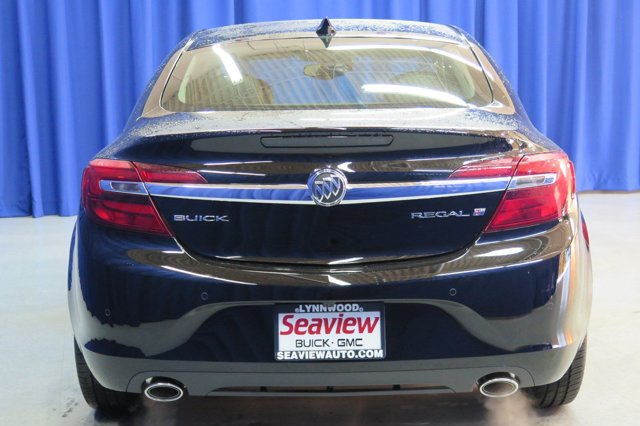 New 2017 Buick Regal 4dr Sdn Premium II FWD