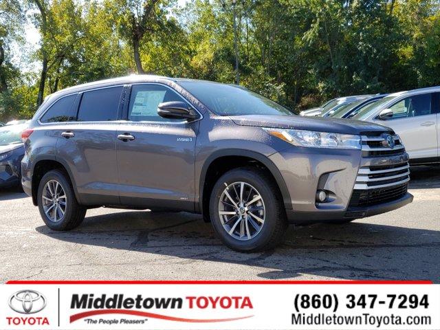 New 2019 Toyota Highlander Hybrid in Middletown, CT