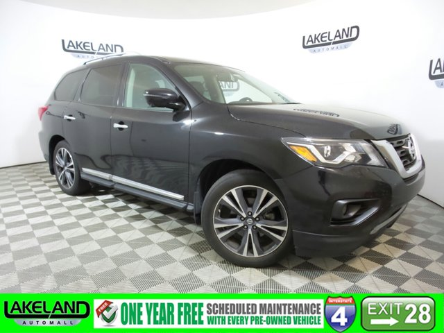 Used 2017 Nissan Pathfinder in ,