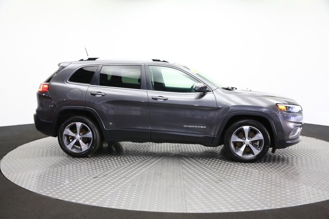2019 Jeep Cherokee for sale 124335 3