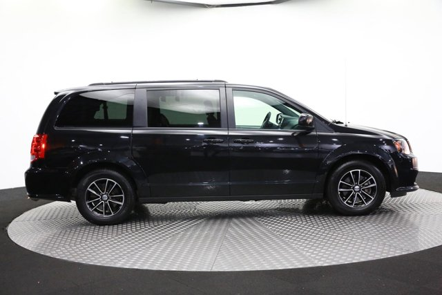 2018 Dodge Grand Caravan for sale 122203 3