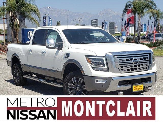 2021 Nissan Titan XD Platinum Reserve 4x4 Crew Cab Platinum Reserve Premium Unleaded V-8 5.6 L/339 [3]