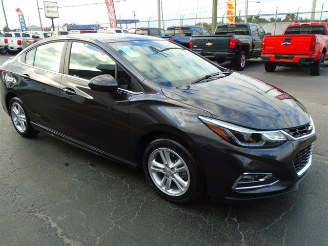 New 2017 Chevrolet Cruze in Belle Glade, FL