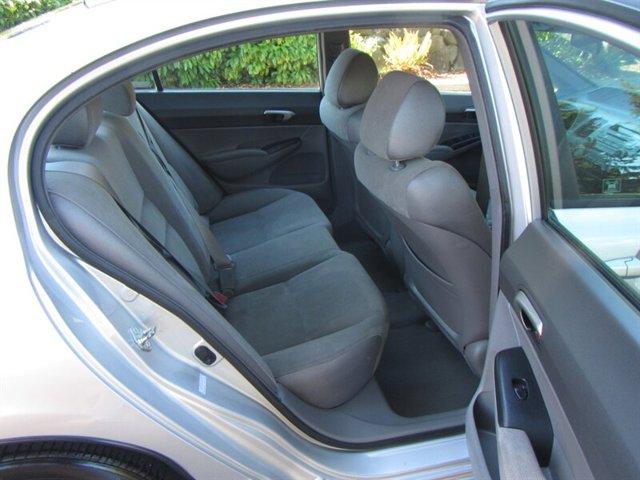 Used 2006 Honda Civic Sdn LX AT