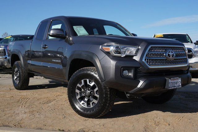 Used 2017 Toyota Tacoma TRD Off Road Access Cab 6' Bed V6 4x4 AT