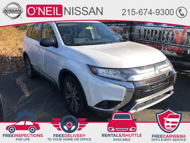 2019 Mitsubishi Outlander ES ES FWD Regular Unleaded I-4 2.4 L/144 [0]