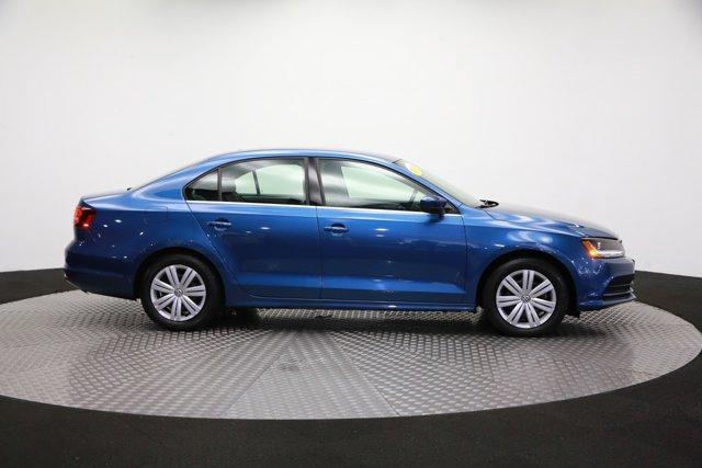 2017 Volkswagen Jetta for sale 124242 3