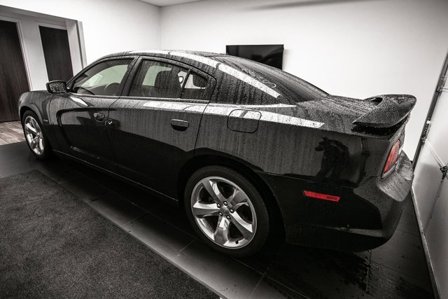 Used 2014 Dodge Charger 4dr Sdn RT Max RWD